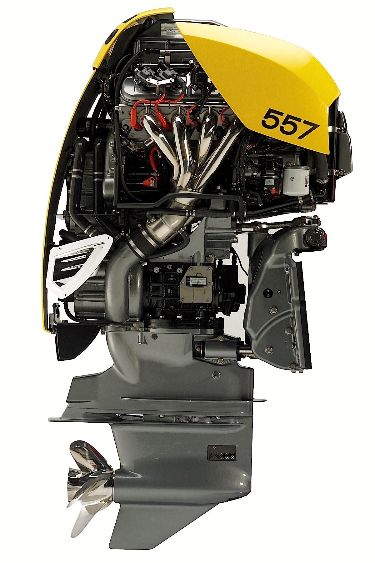 Cutaway views of the 557 outboard, which is similar to the new 627 model.