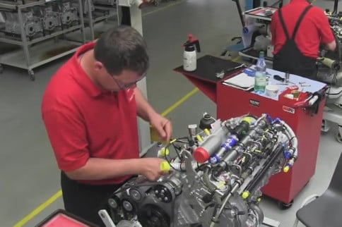Video: An Inside Look At One Of The Latest Diesel Engine Factories