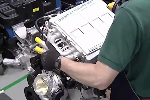 Video: Inside The LS9 Engine Assembly Plant