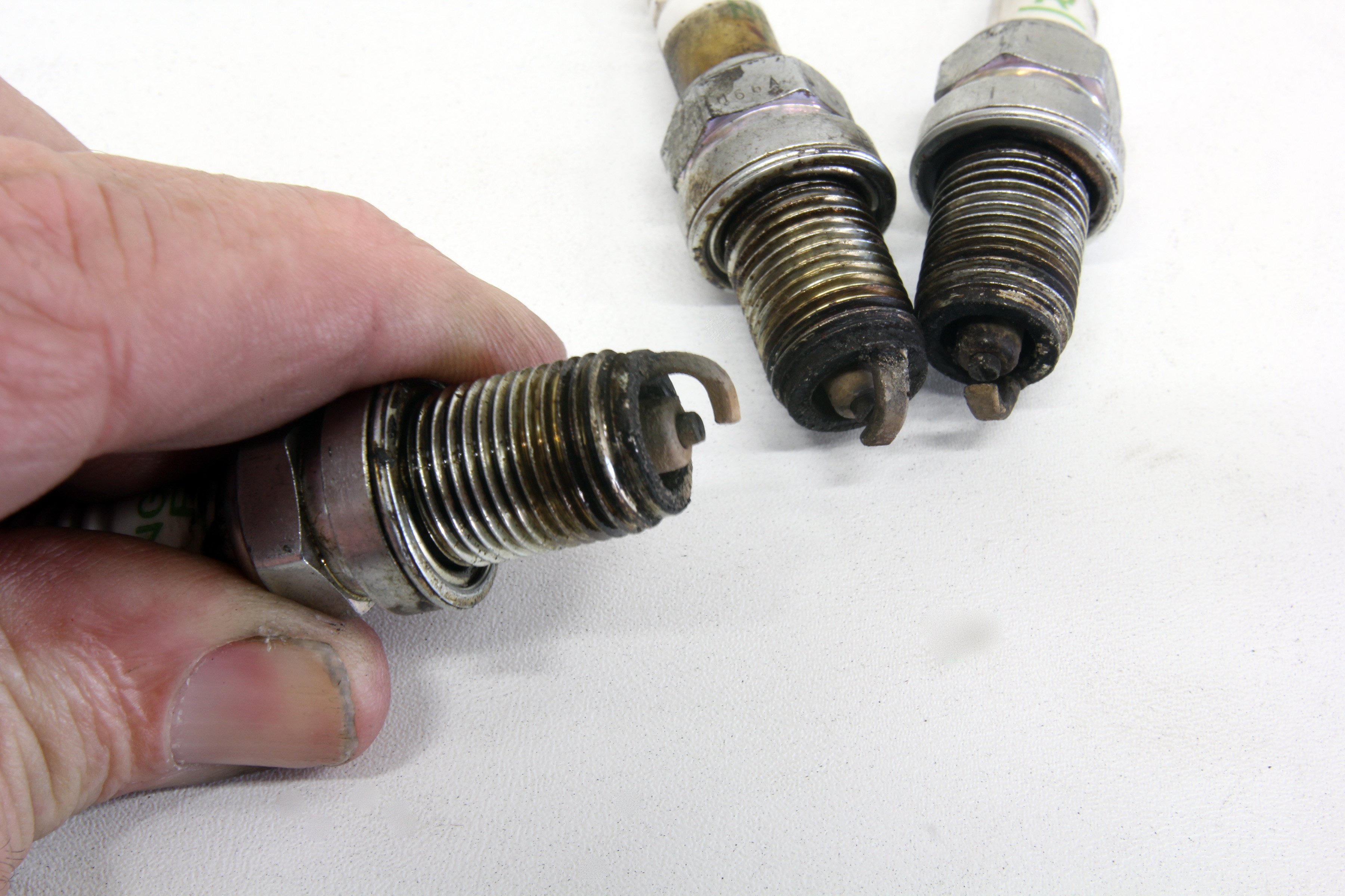 Reading The Plugs: Spark Plug Tuning With Different Fuels