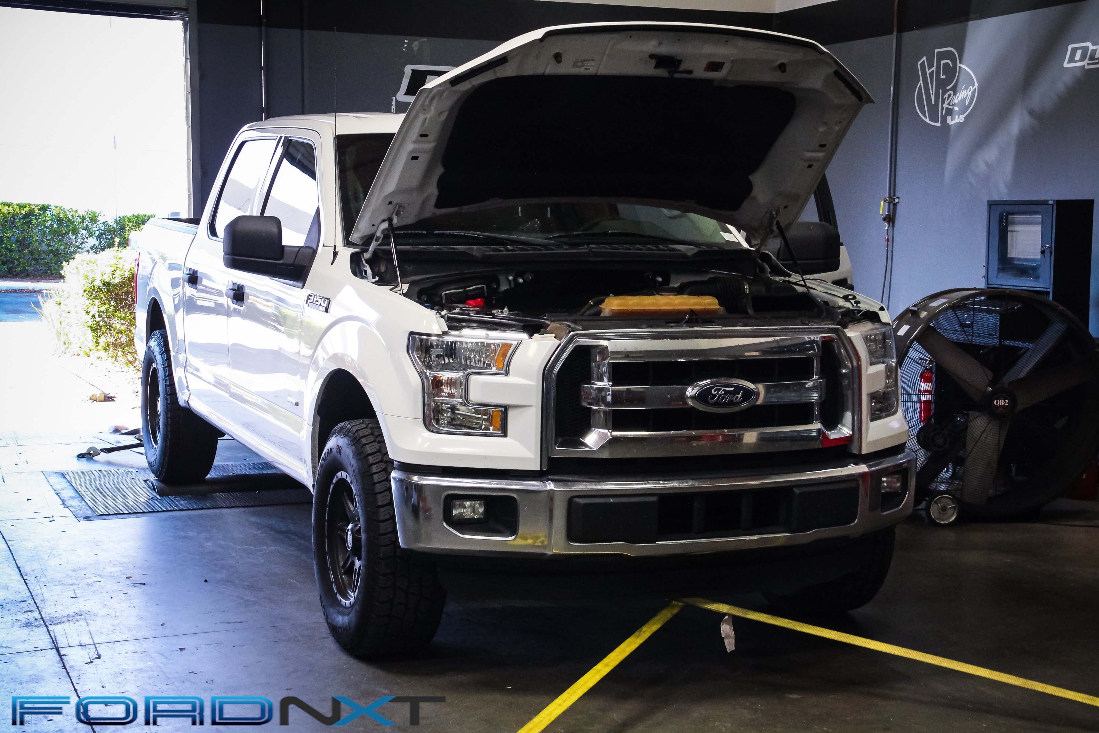 Tuning The EcoBoost F-150 With SCT's Livewire TS - EngineLabs