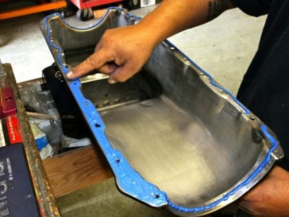 useful-tips-installing-oil-pans-right-way11